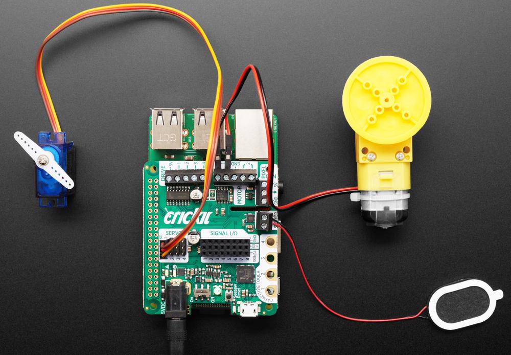 Raspberry Pi HAT serves up robotics control smorgasbord