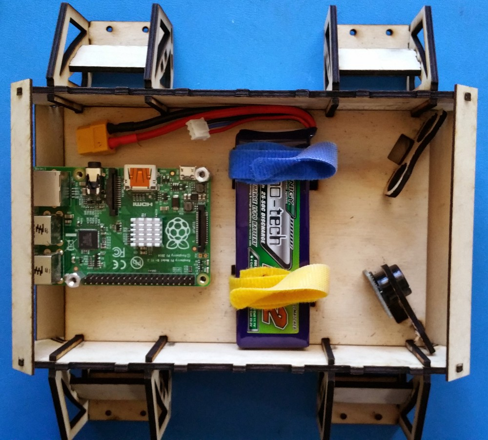 Open source robot kit builds on Raspberry Pi 2